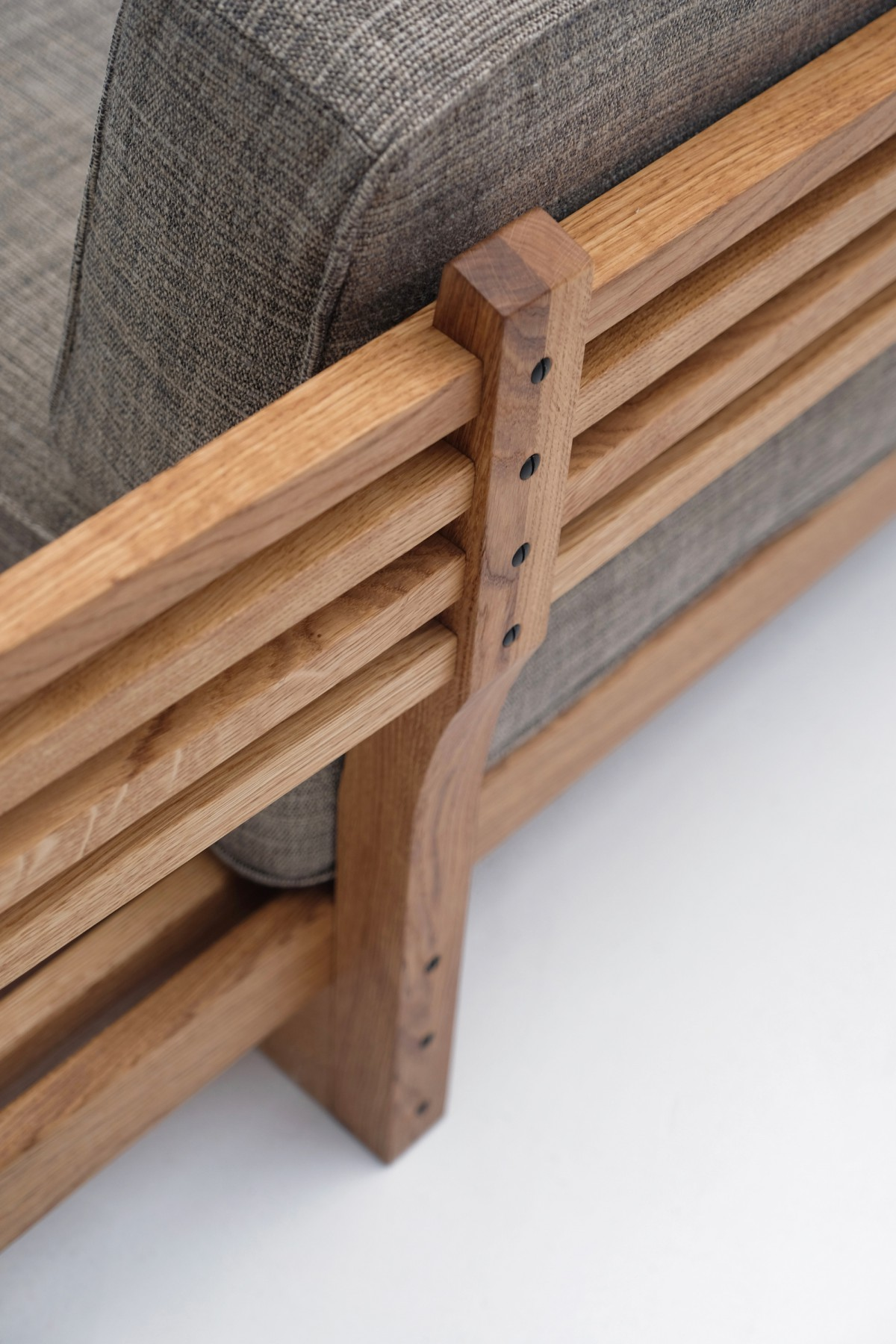 Japanese Bench by Alexandre Lowie